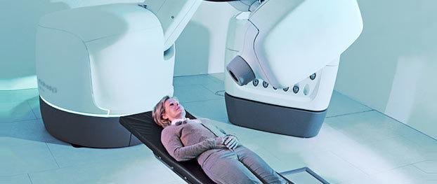 Рак шейки матки - операция при 1 и 2 стадии. Делают ли операцию при 3 стадии?