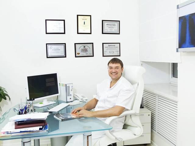 Лапароскопическая спленэктомия, ход и техника операции, профессор хирург Пучков К.В.