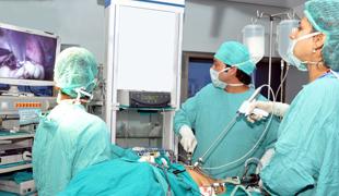 Лапароскопическая операция при ретроцервикальном эндометриозе